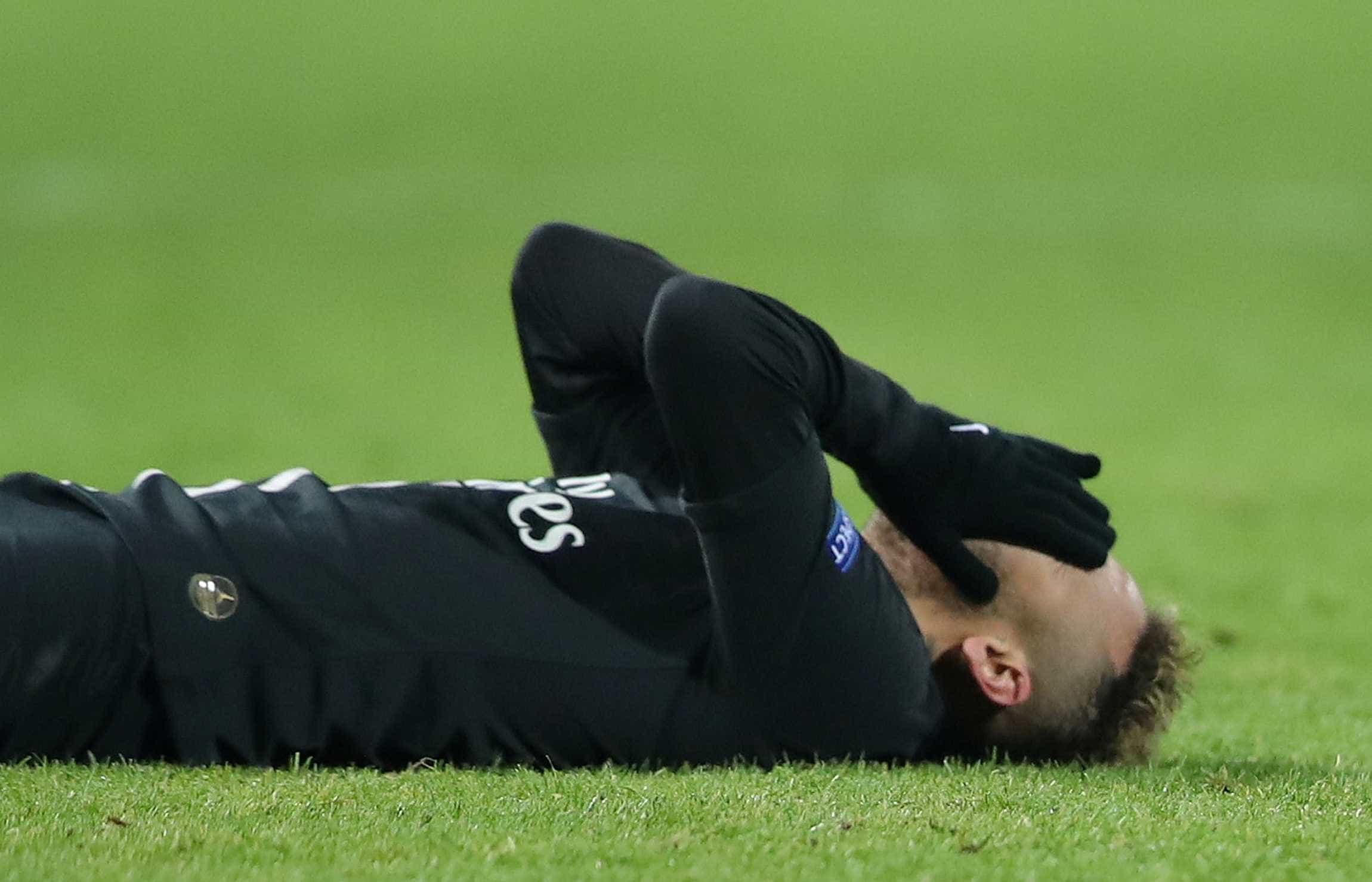 Neymar está fora de jogo da Liga dos Campeões, diz técnico do PSG