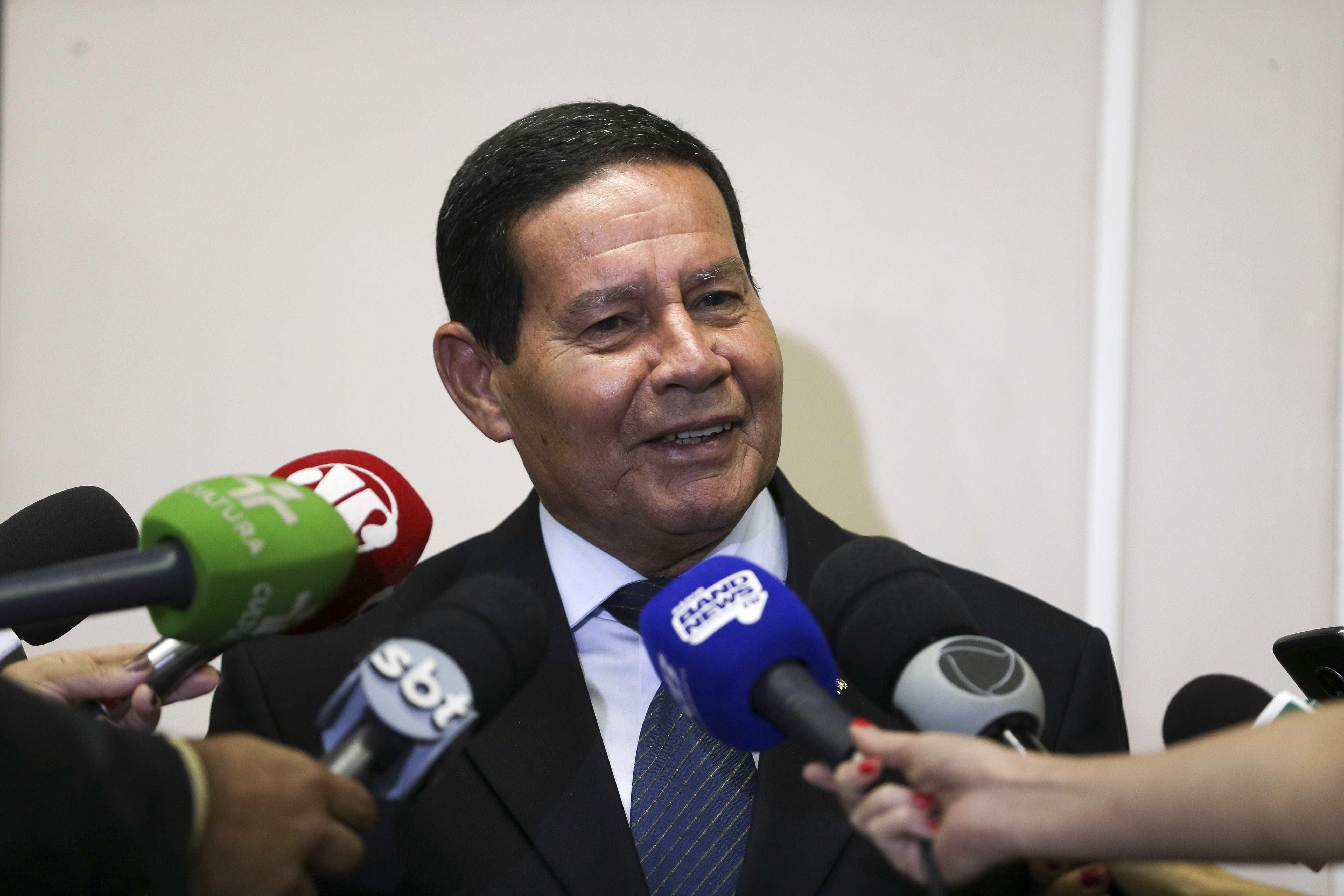 'De hoje não passa', diz Mourão sobre anúncio de demissão de Bebianno