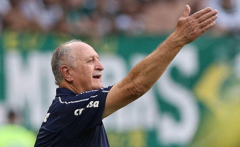 Felipão volta a rebater crítica da torcida do Palmeiras