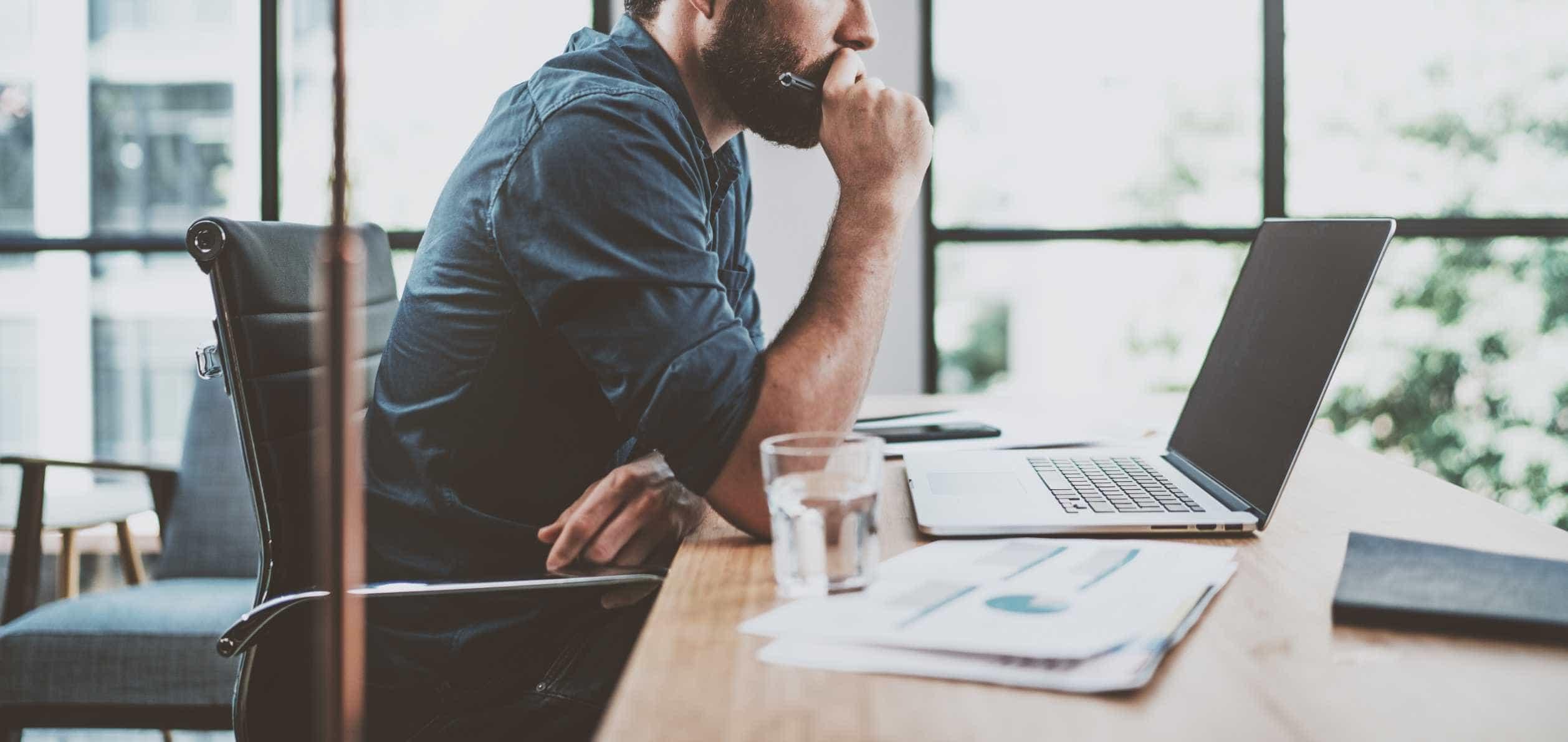 Investir na própria startup ou equilibrar contas? Empreendedores opinam