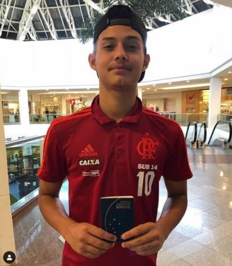 Atleta do Flamengo ferido em incêndio deixa CTI