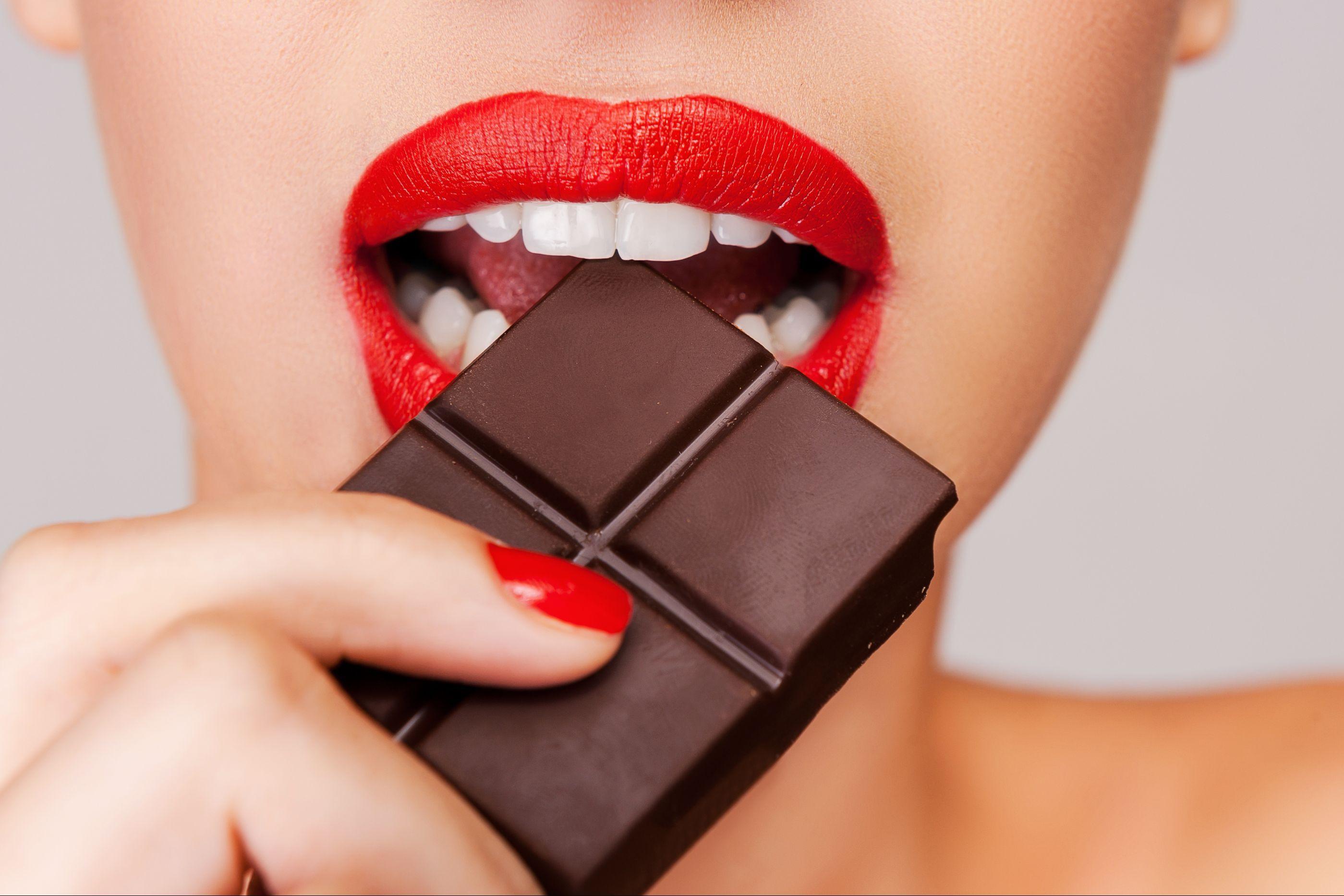 Por que gostamos tanto de comer chocolate?