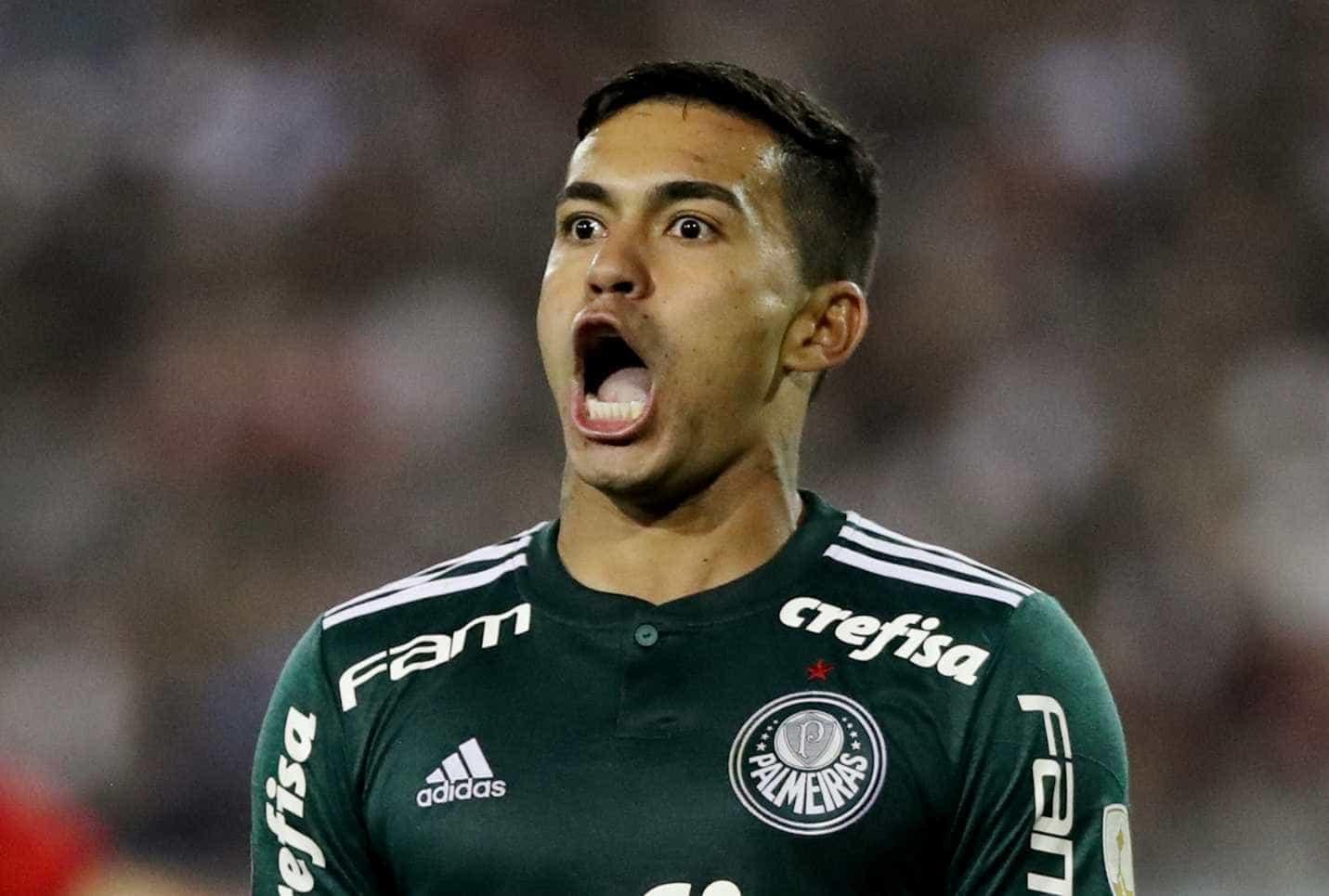 'Se vier um Barcelona ou um Real, vão penar para me tirar do Palmeiras'