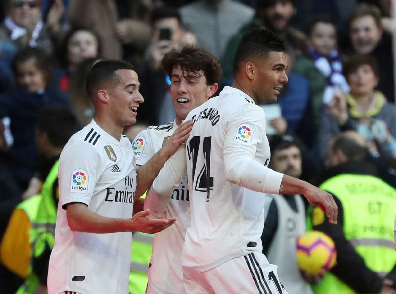 Casemiro marca, mas Real Madrid perde de virada e fica pressionado