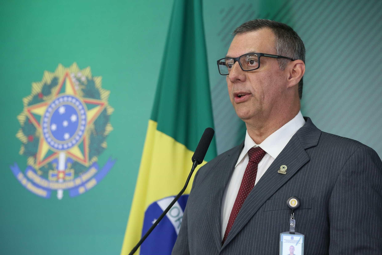 Porta-voz da Presidência evita comentar acusações contra ministro