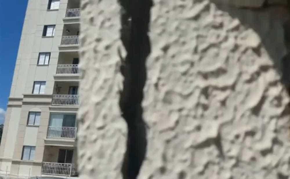 SP: prédios na região do Morumbi são evacuados por risco de desabamento