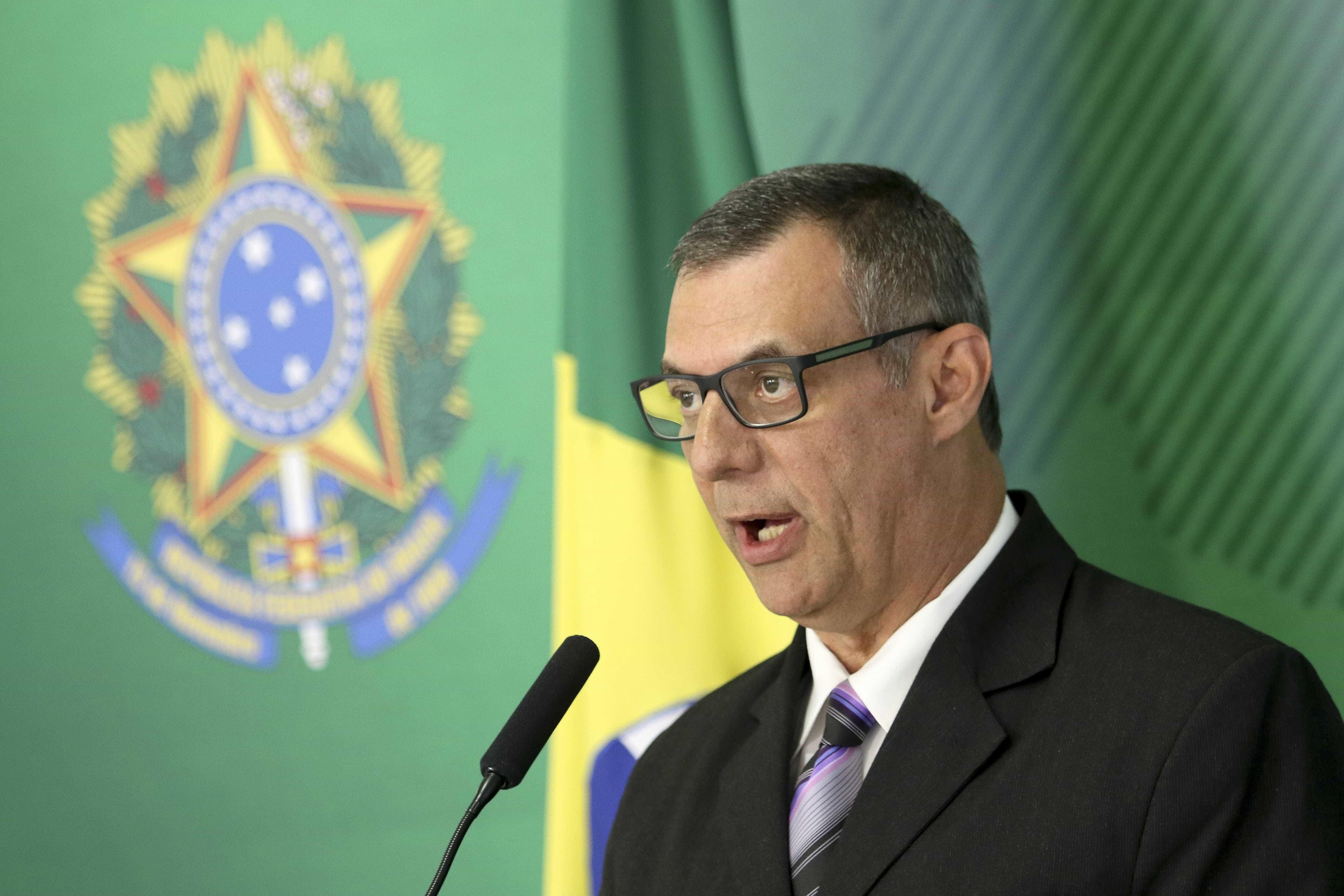 Mesmo com fronteira fechada, Brasil mantém missão de ajuda humanitária
