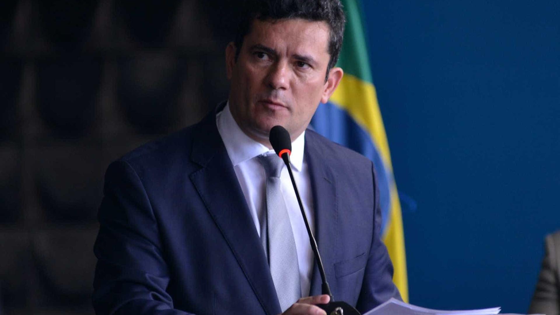Bolsonaro indica que Coaf fica com Moro