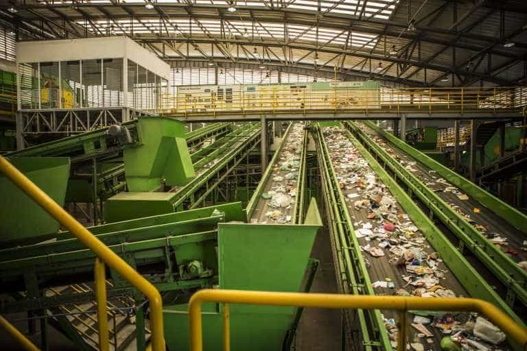 Prefeitura quer rastrear moradores pelo celular para reciclagem