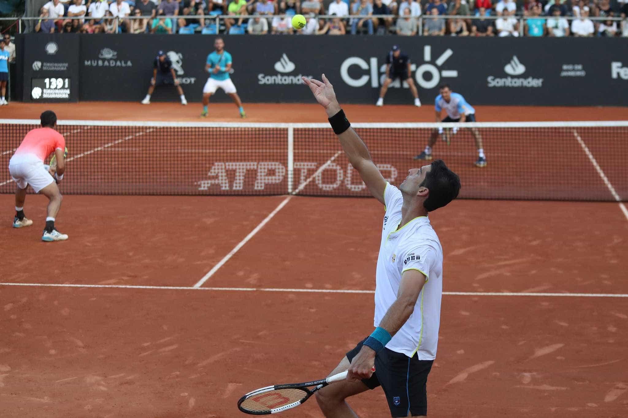 Rio Open: Bellucci e Rogerinho vencem e vão à final da chave de duplas