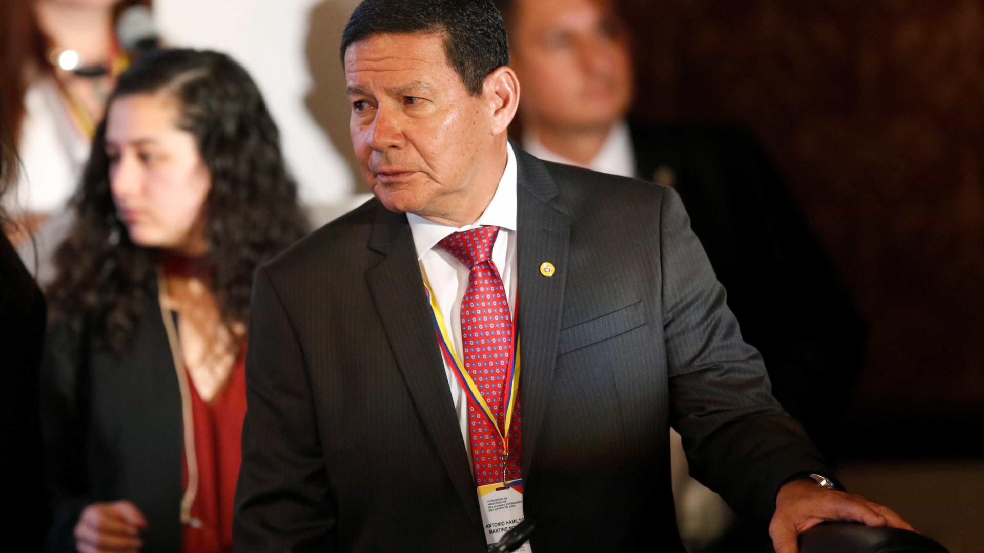'Essas coisas não aconteciam no Brasil', diz Mourão sobre massacre