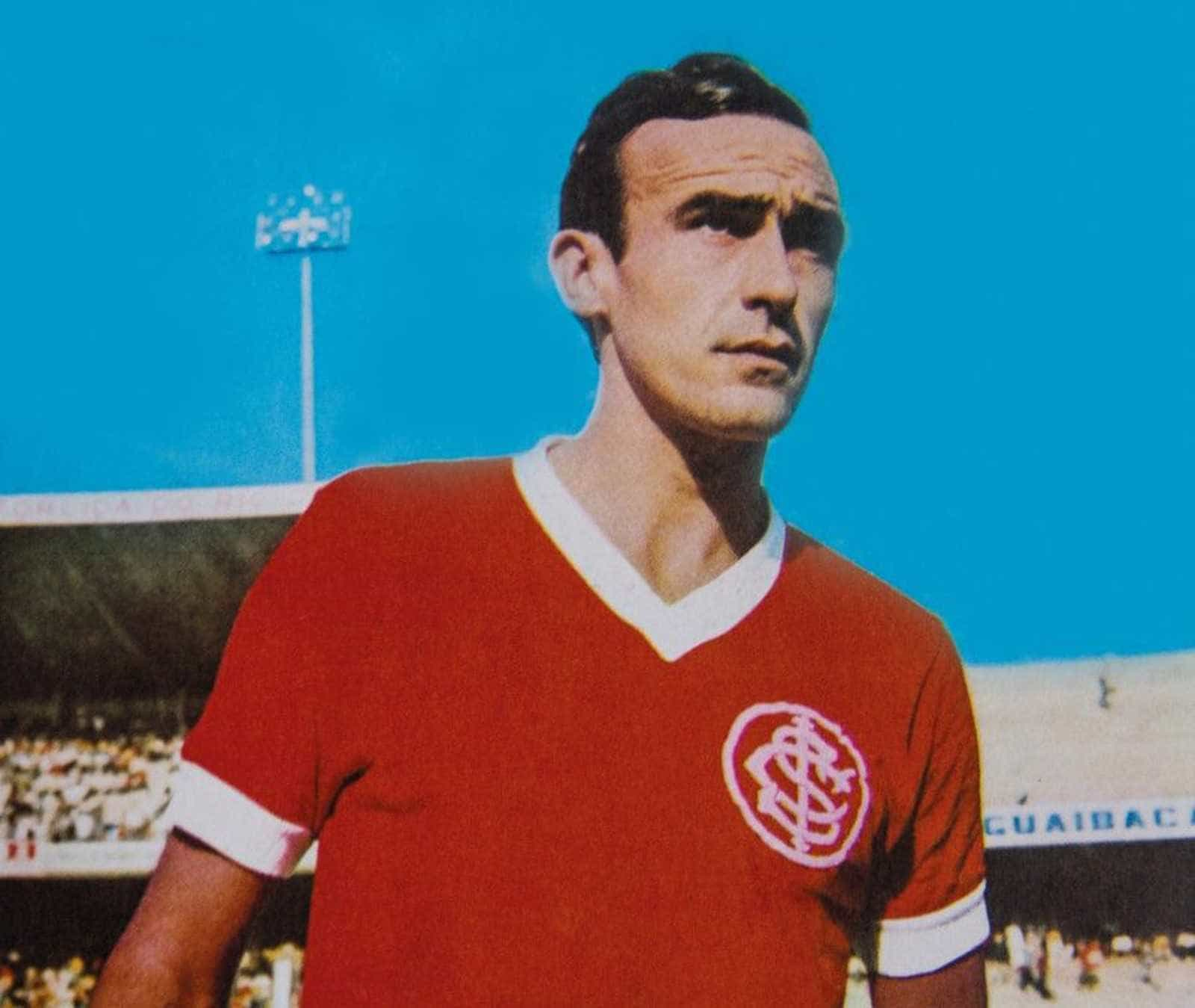 Capitão do Inter e jogador da seleção, Sadi morre em Porto Alegre