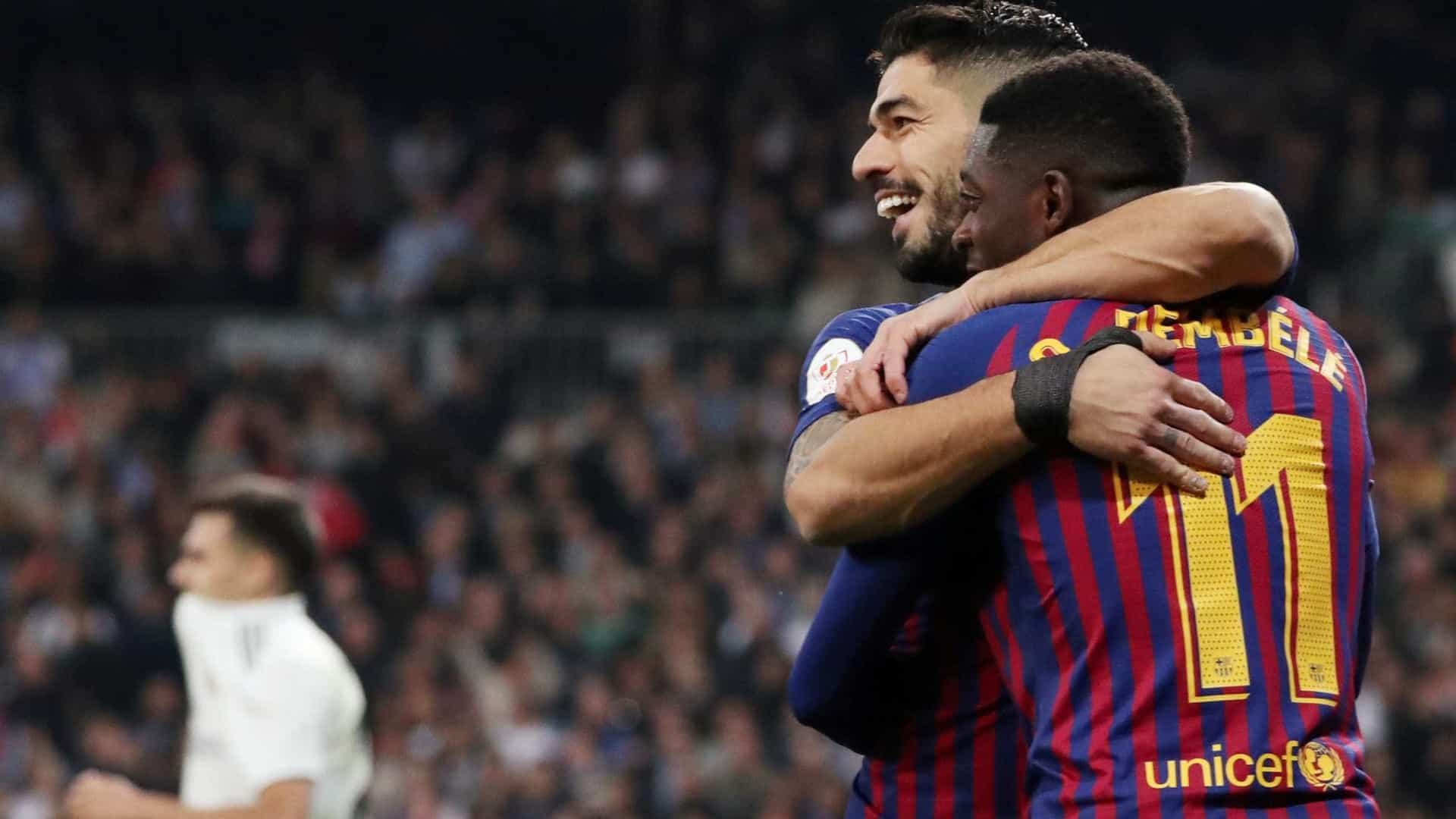 Vinícius Júnior perde chances, Suárez decide e Barcelona vai à final
