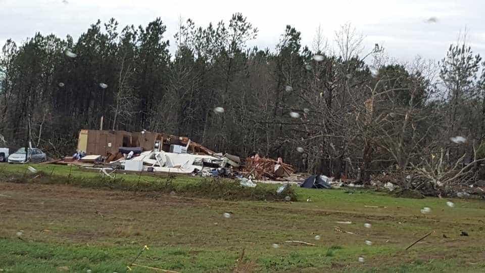 Tornado no Alabama mata ao menos 14 pessoas, sendo algumas crianças
