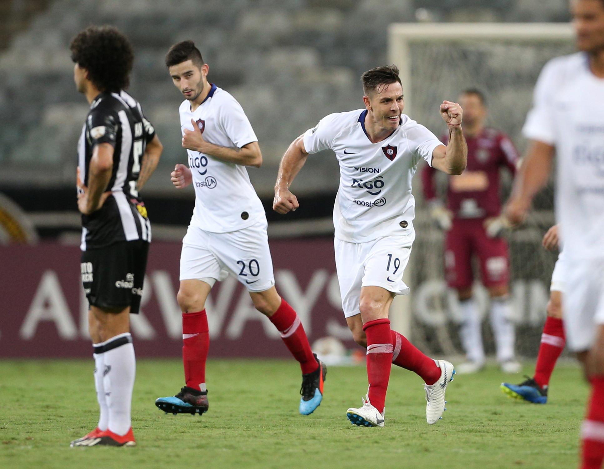 Atlético-MG perde para o Cerro na estreia no Grupo E da Libertadores