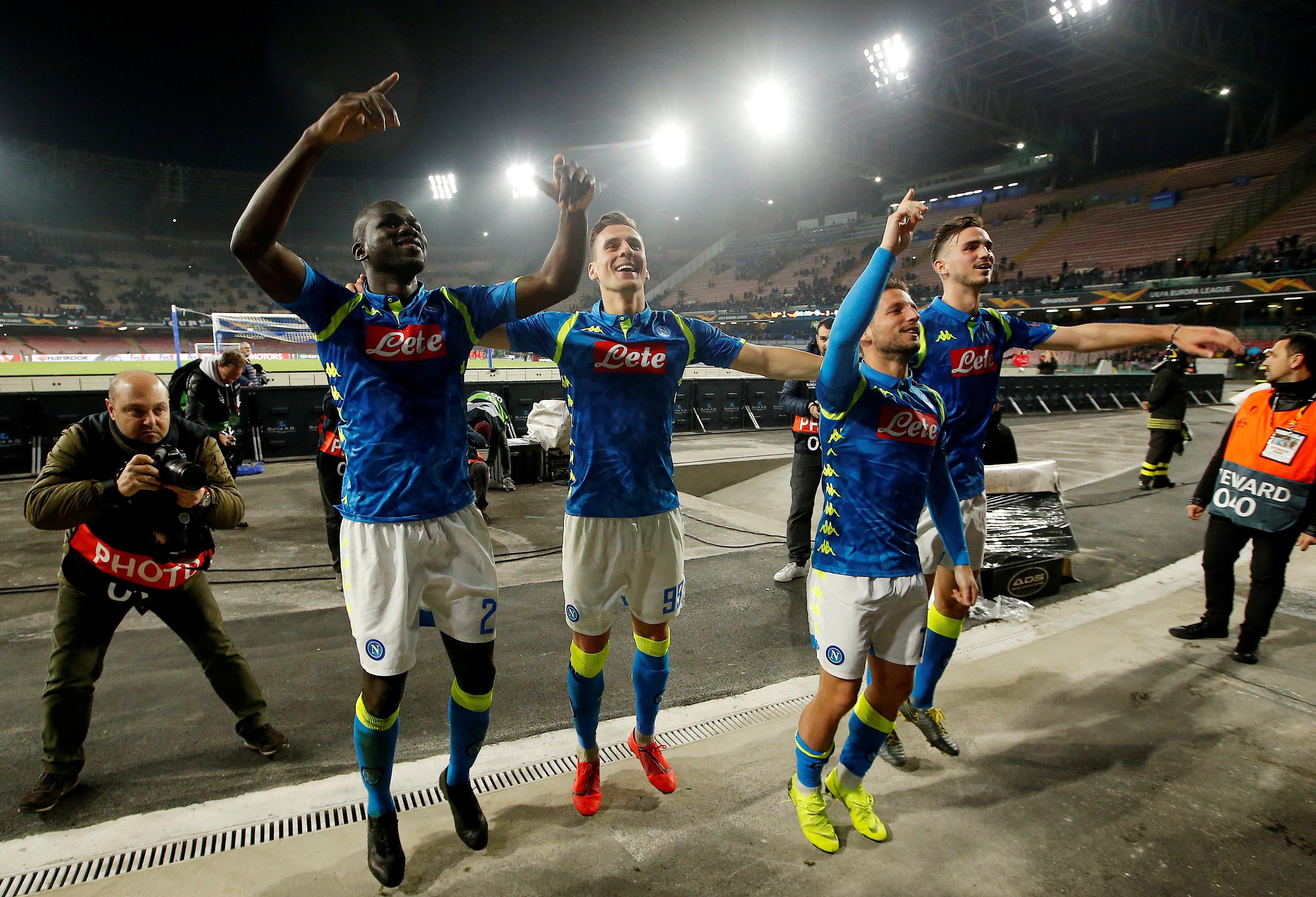 Napoli faz 3 a 0 no Salzburg e abre boa vantagem na Liga Europa