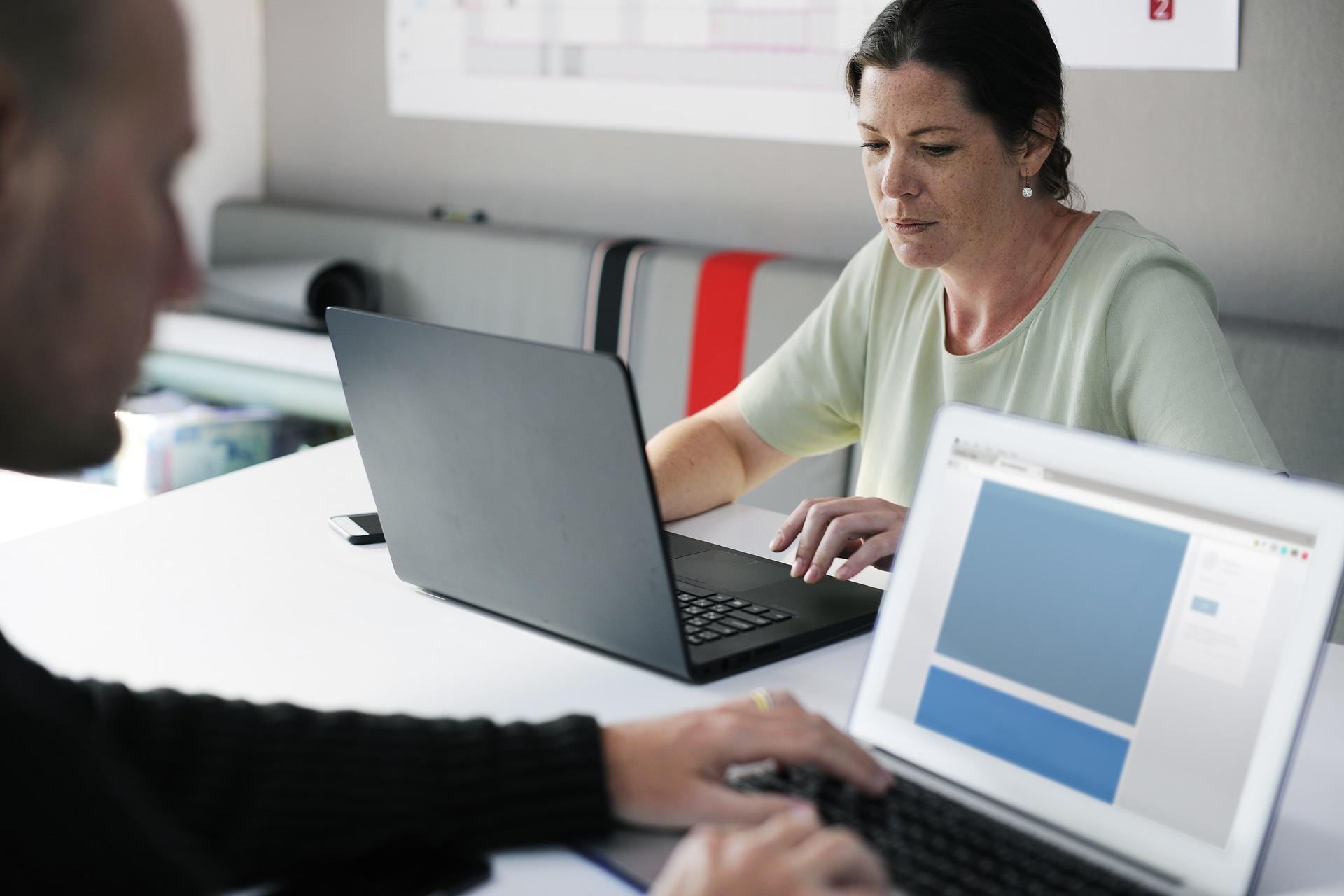Mulheres e homens ganham o mesmo salário em apenas 25% das profissões