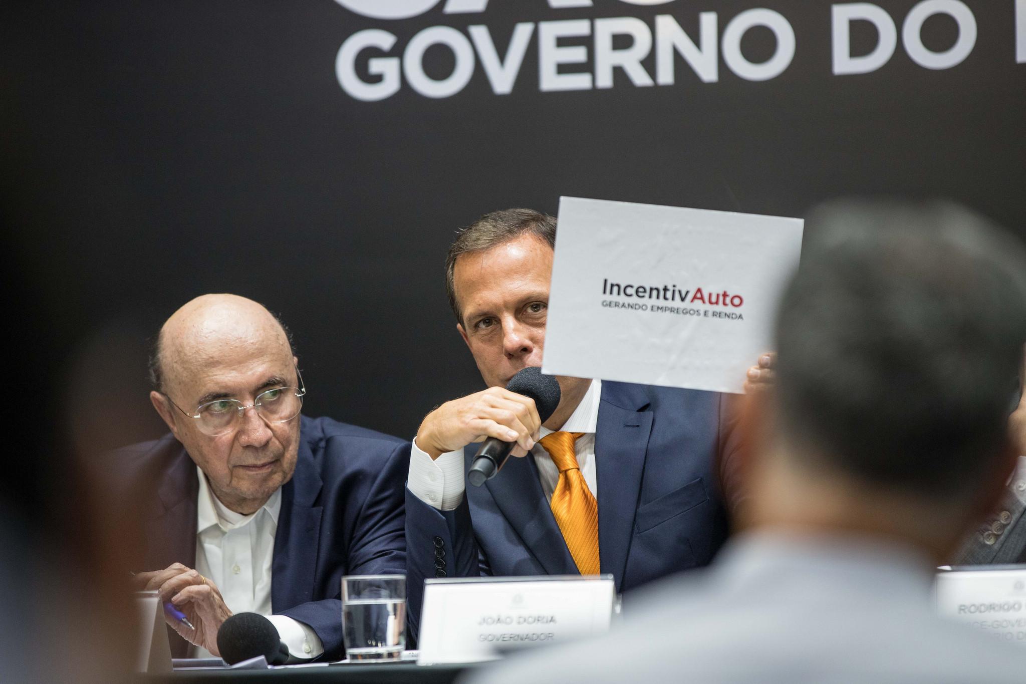 Doria anuncia incentivo fiscal a montadoras
