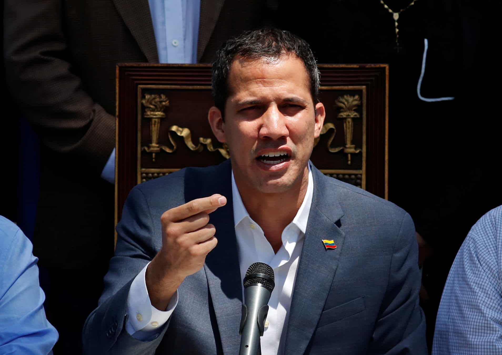 Supremo da Venezuela pede suspensão da imunidade parlamentar de Guaidó