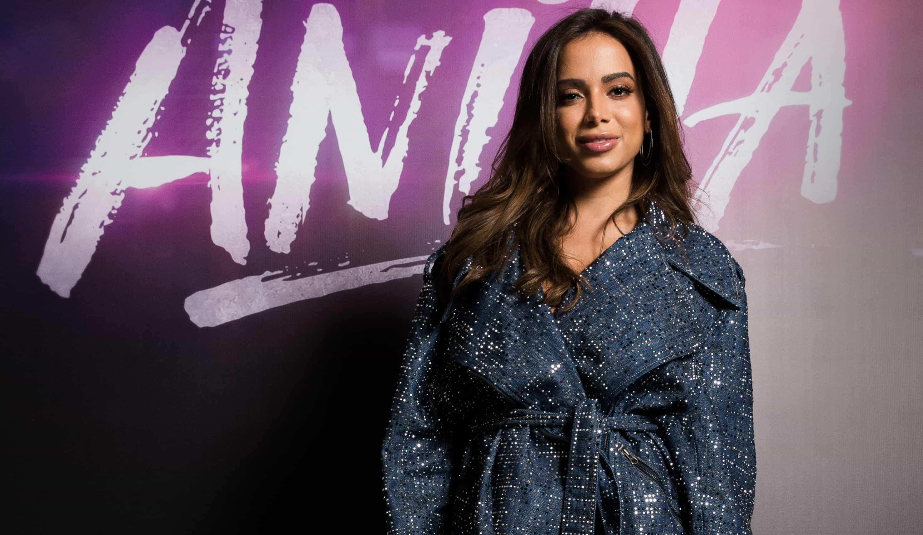 Anitta anuncia 1º álbum trilíngue e ironiza torcida negativa