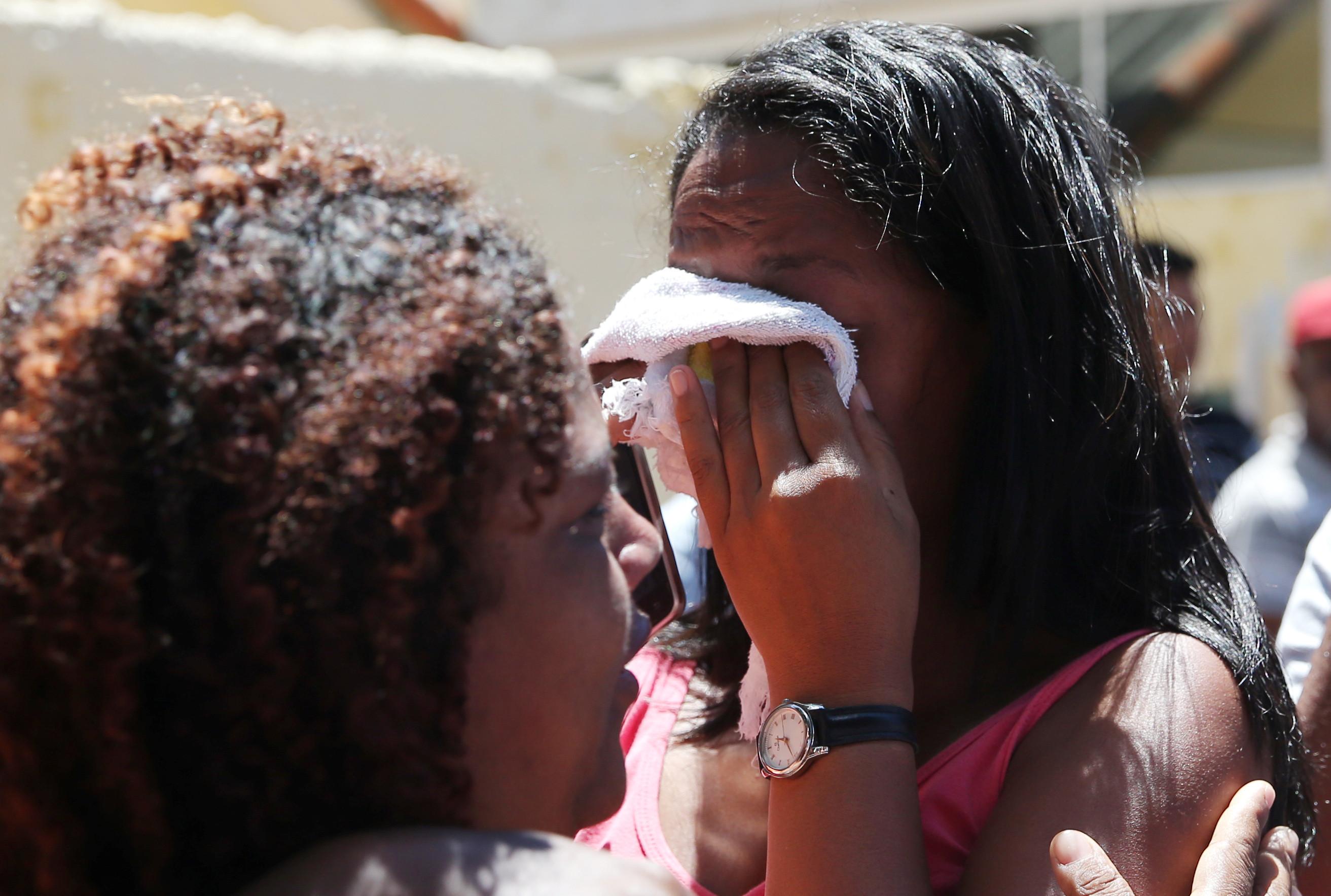 Autores de massacre em escola de Suzano são identificados