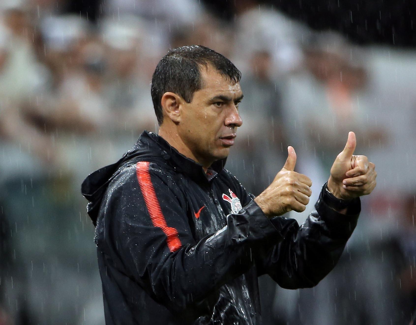 Sem Gustavo, Carille define relacionados do Corinthians contra Oeste