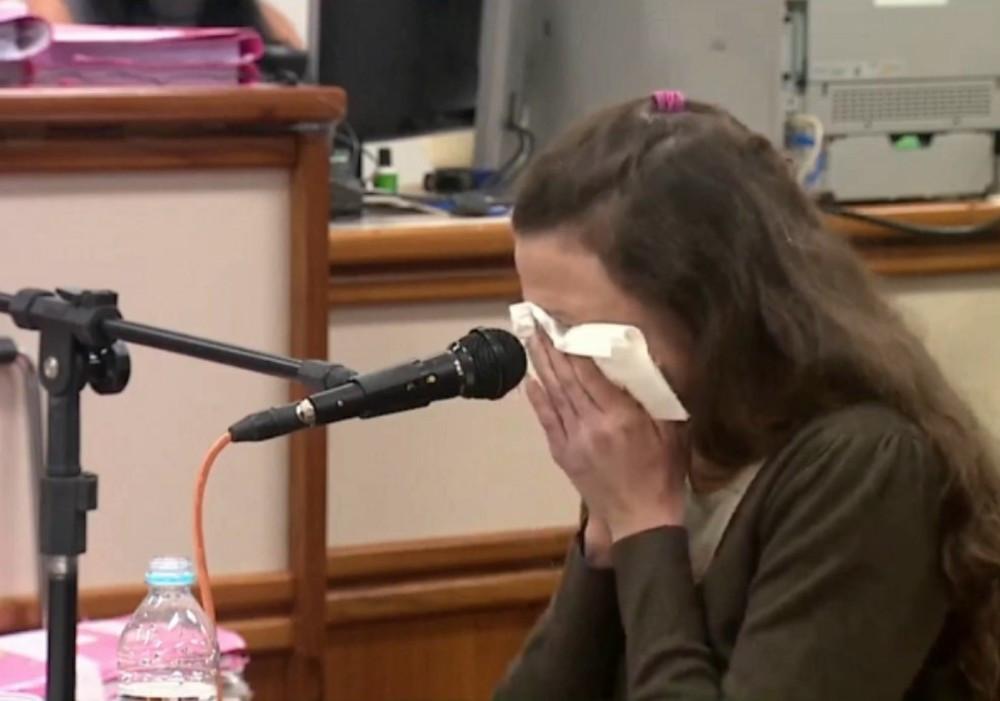 Madrasta chora muito e diz que a morte de Bernardo foi acidental