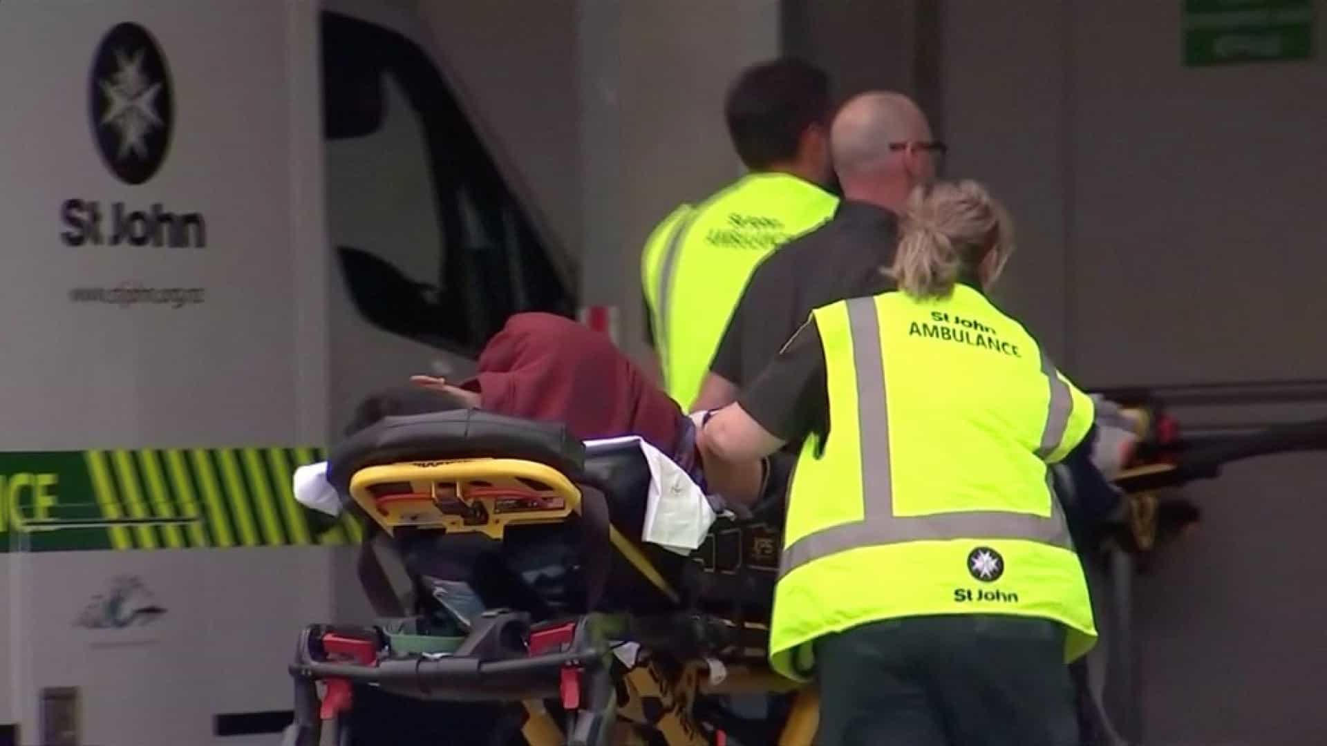 Ataque a mesquitas na Nova Zelândia deixa ao menos 49 mortos