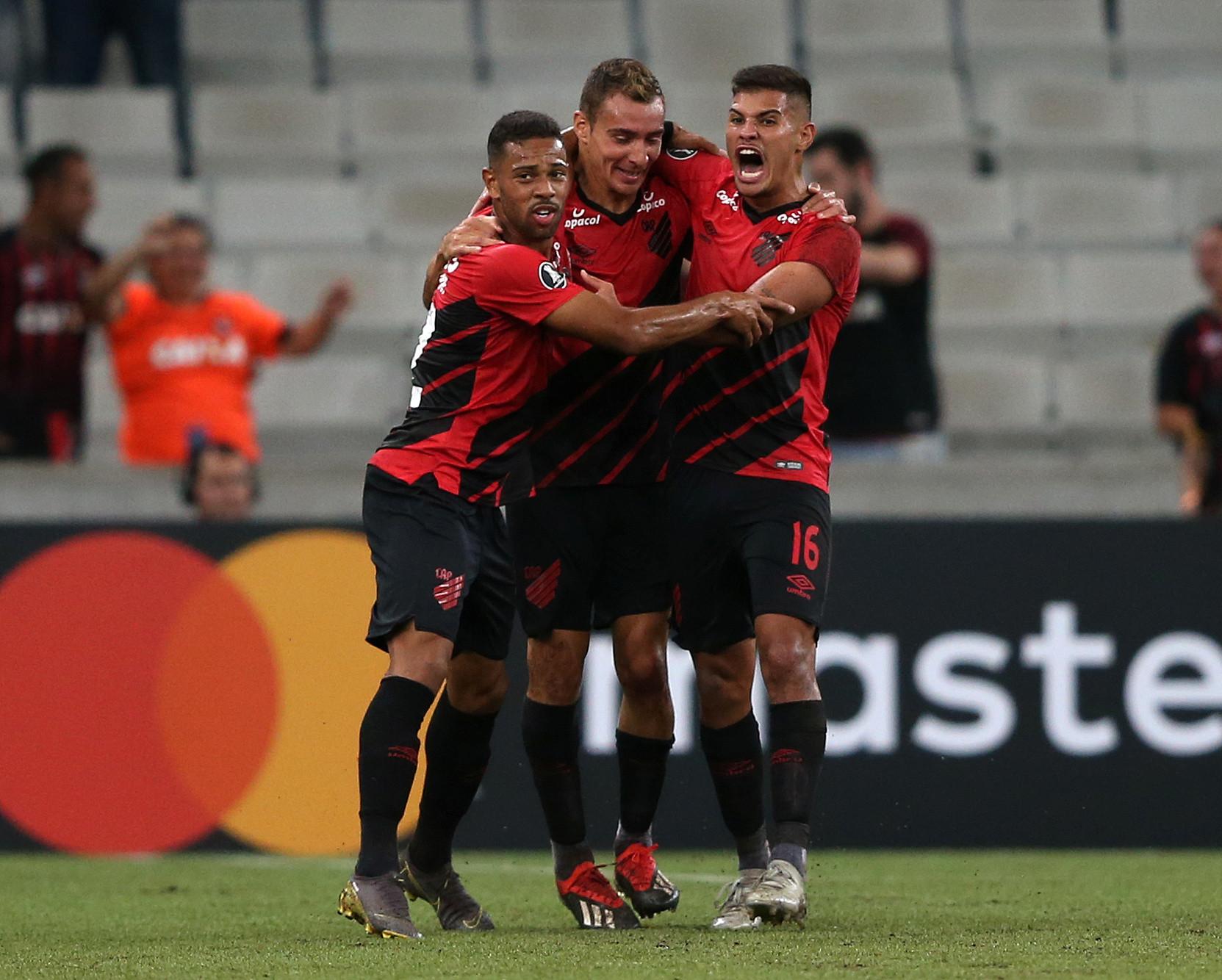 Rodada da Libertadores teve 3 jogos; Athletico venceu a primeira