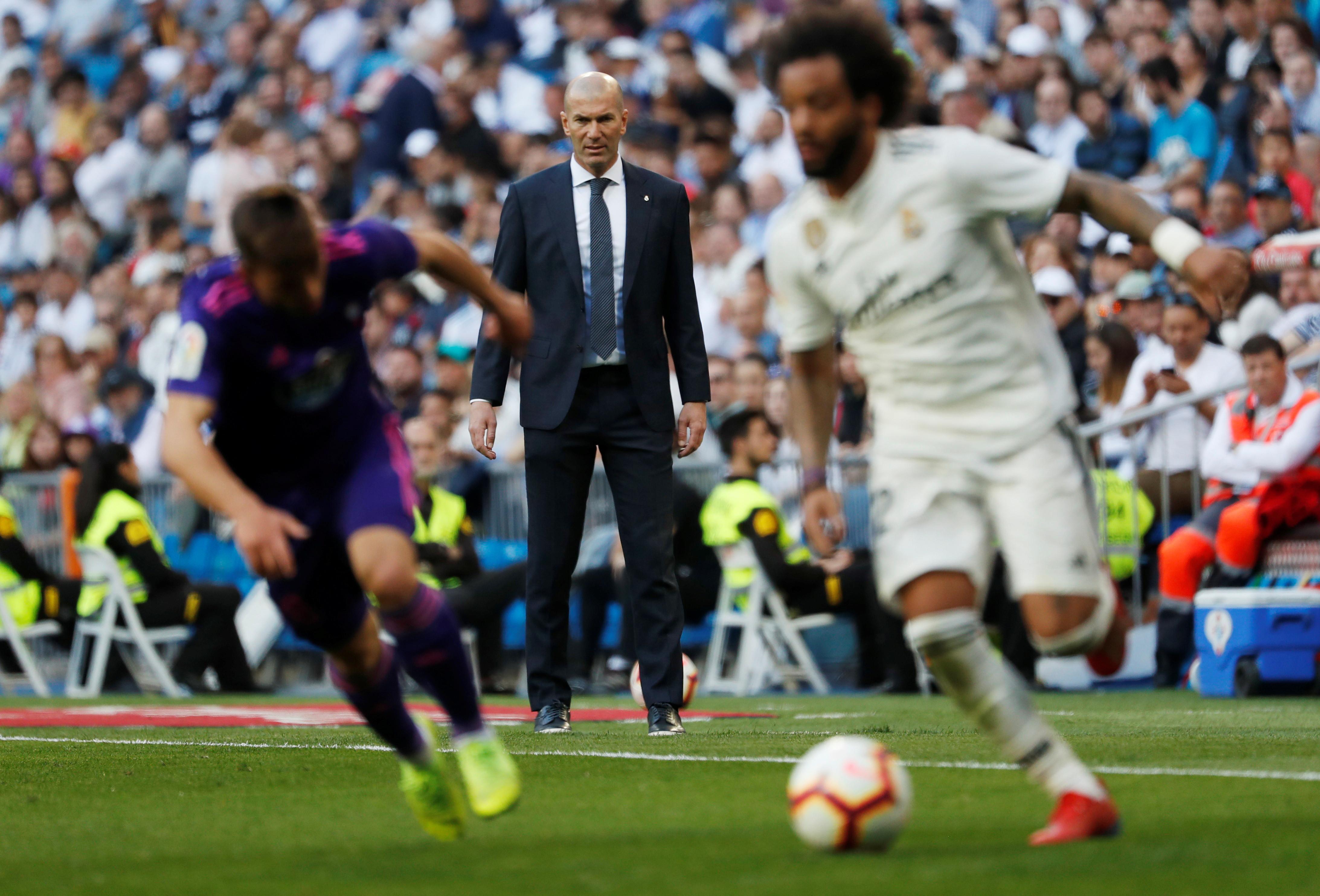 Na volta de Zidane, Real vence o Celta com gol de Isco