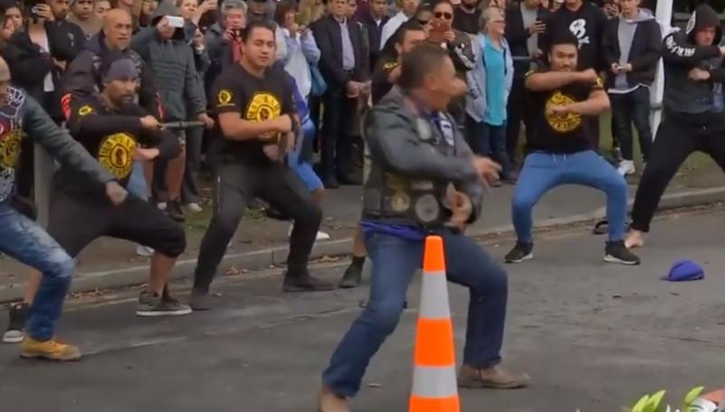Confira o arrepiante haka em homenagem às vítimas da Nova Zelândia
