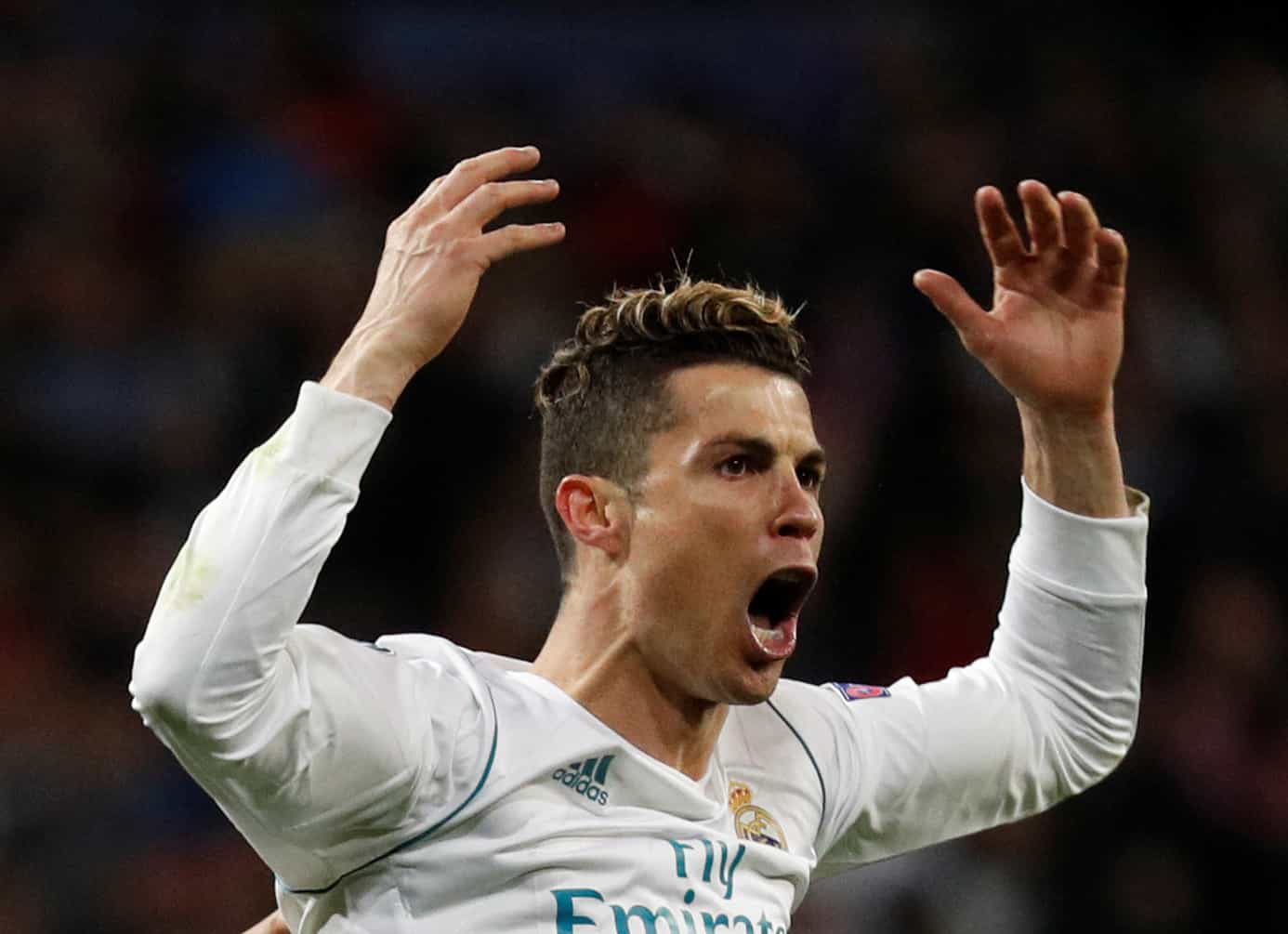 Antes de Messi, Ronaldo e Neymar já foram aplaudidos por rivais