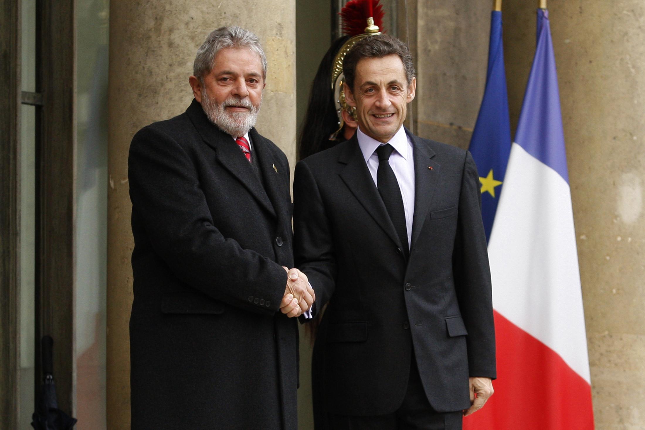 Lula acertou propina em reunião com Sarkozy, diz Palocci
