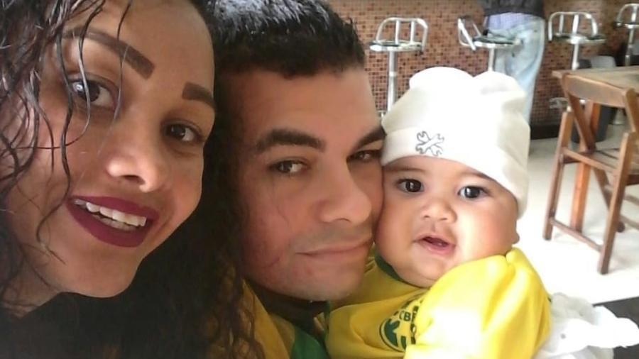 'A dor não passa', diz mãe de bebê morto em Embu das Artes