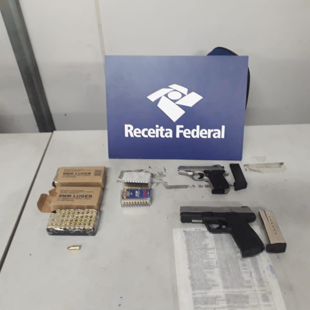 Receita Federal acha armas em bagagem desacompanhada no Porto de Santos