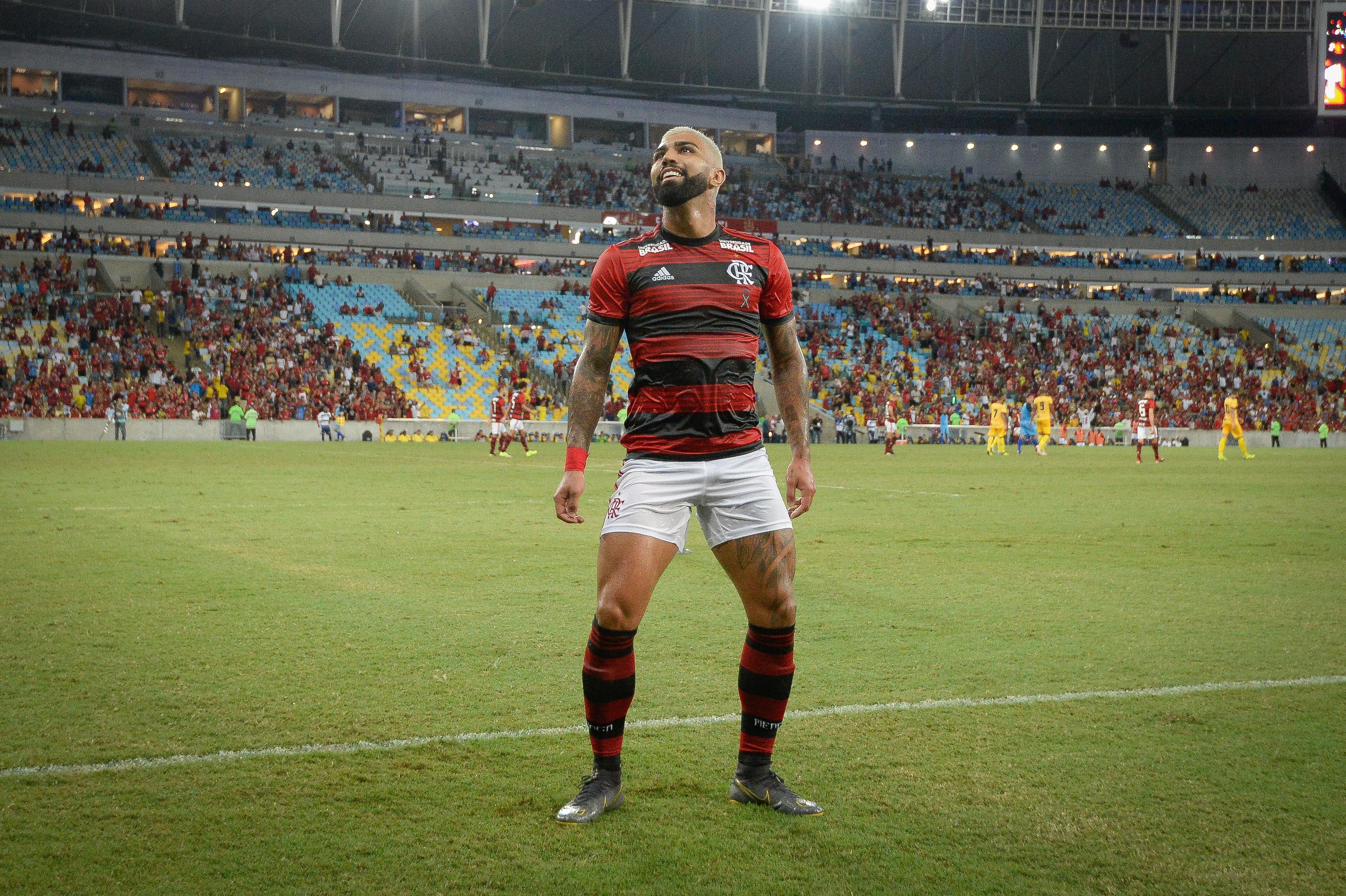 Decisivo no Maracanã, Gabriel exalta forma ofensiva de jogar do Fla