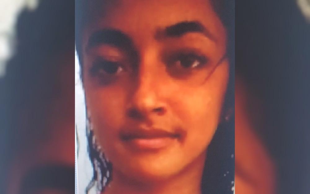 Jovem encontrada morta foi assassinada por colegas de casa, diz polícia
