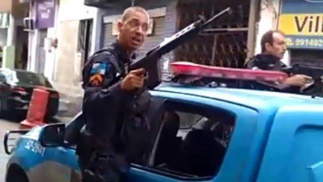 Policial xinga, faz ameaças e atira para o alto na Ilha do Governador