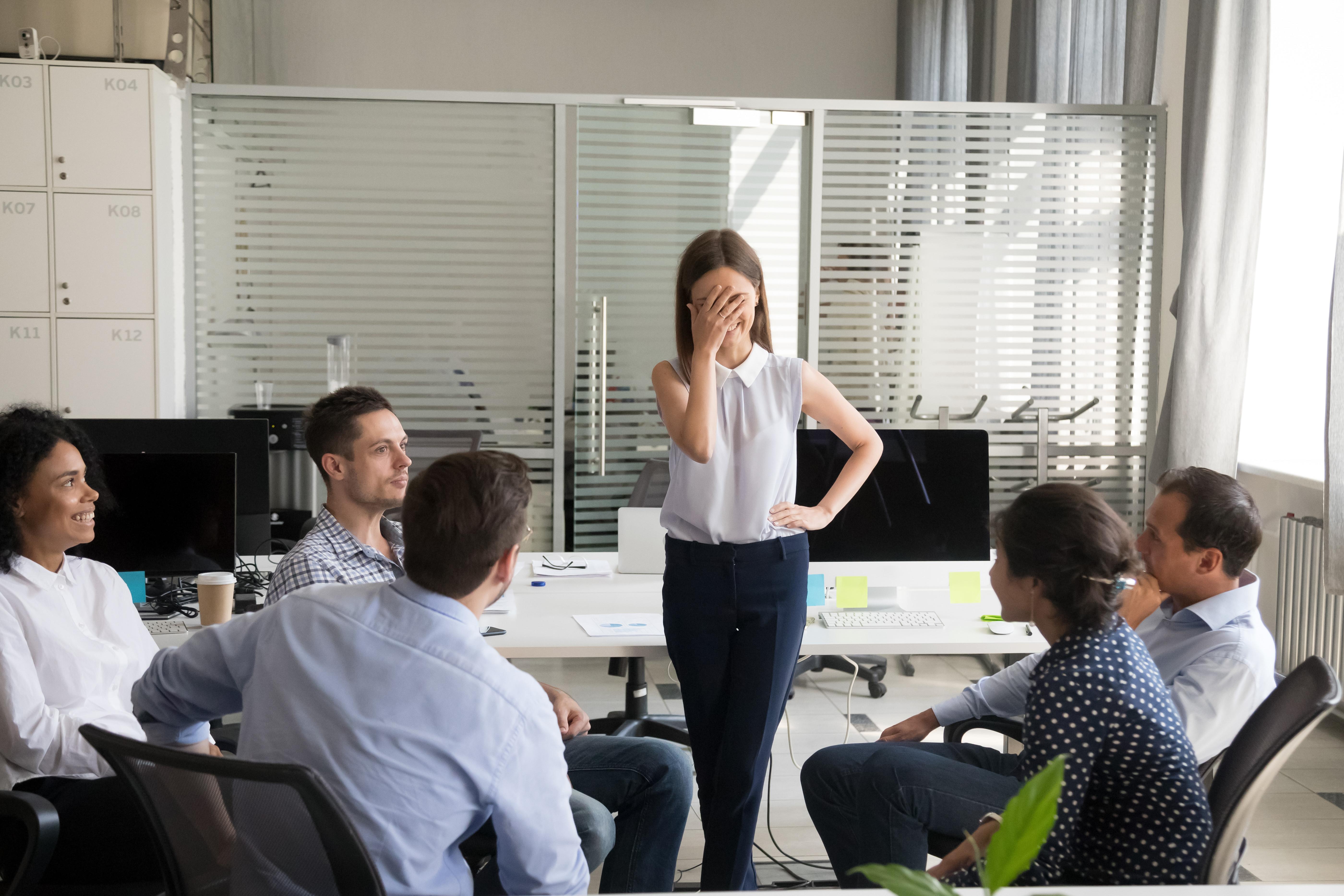 11 dicas para superar a timidez, que pode travar conquista de emprego