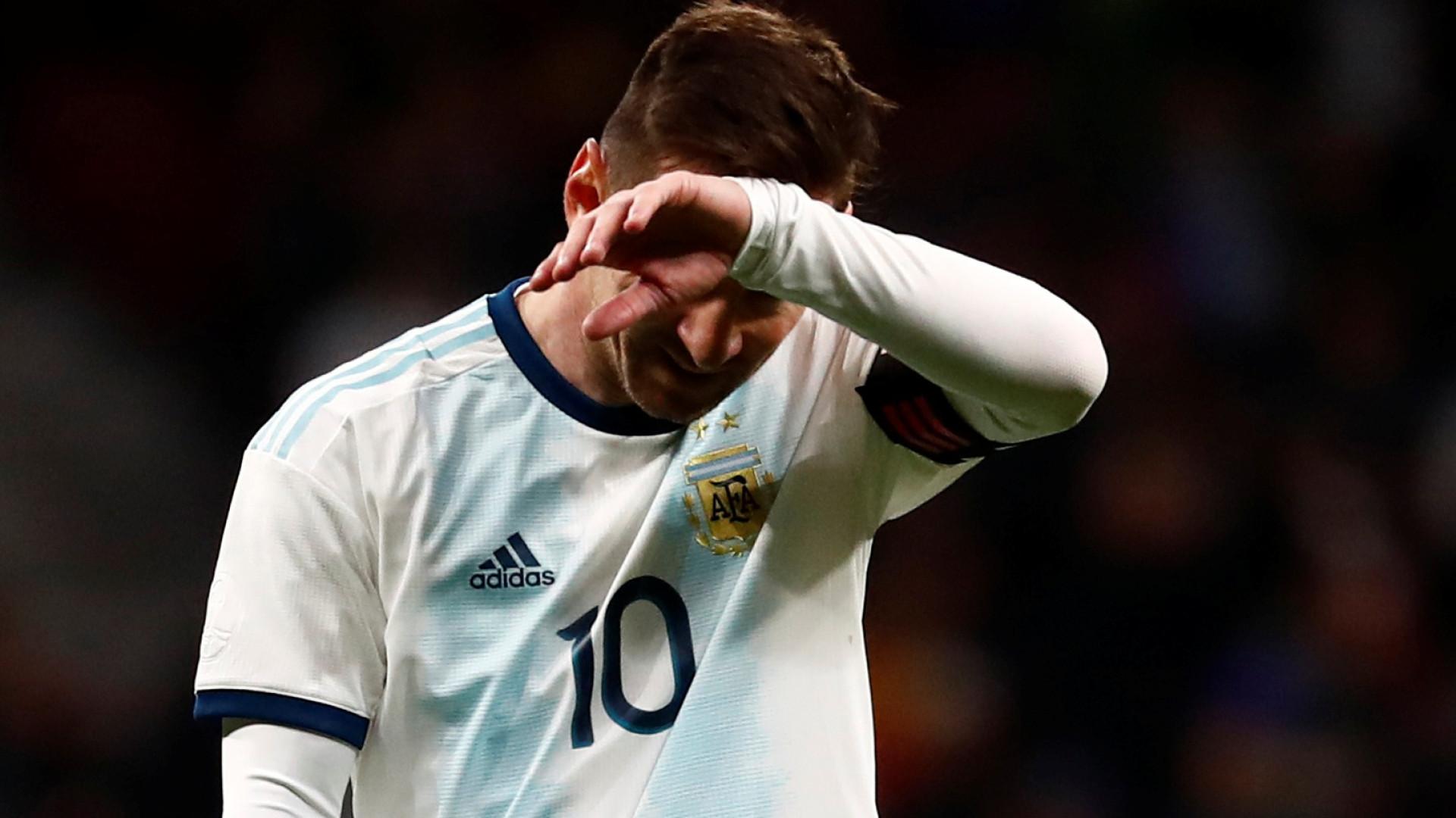 'Nossa geração foi maltratada', diz Messi sobre críticas à seleção