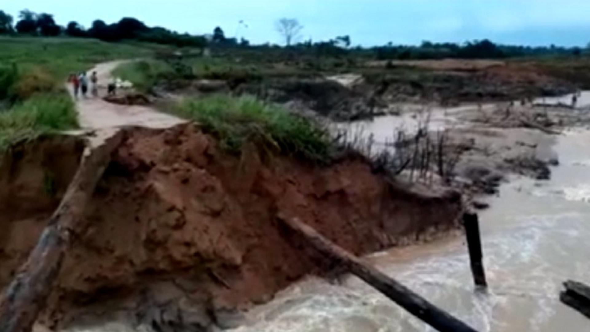 Rompimento de barragem em Rondônia deixa 100 famílias isoladas