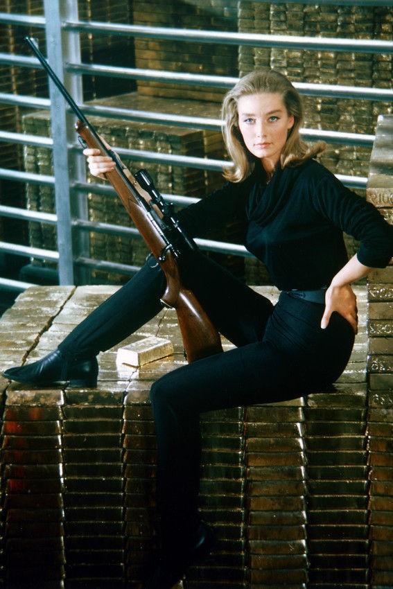 Ex-Bond Girl Tania Mallet morre aos 77 anos