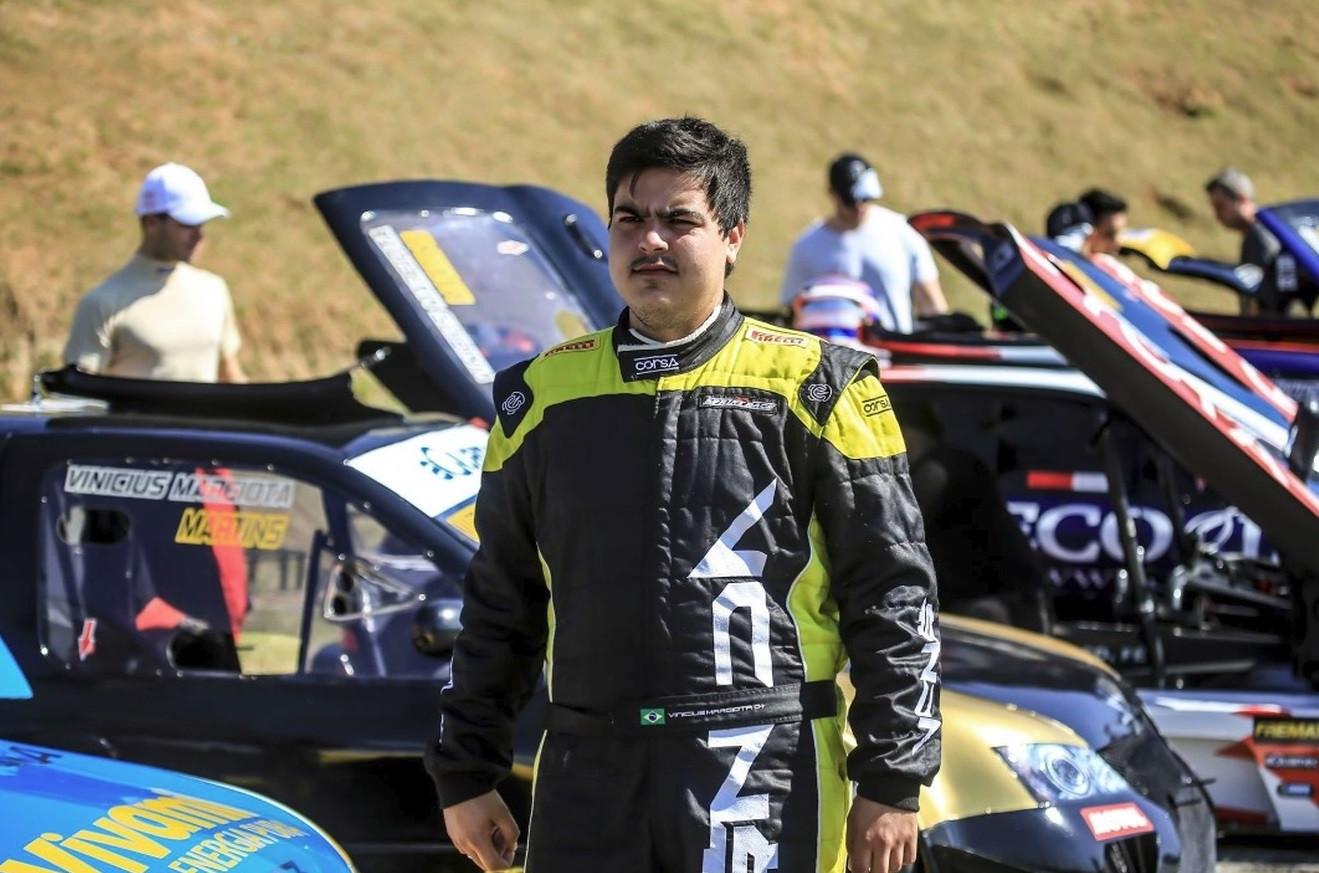 Piloto da Stock Car morre em acidente na rodovia Anhanguera