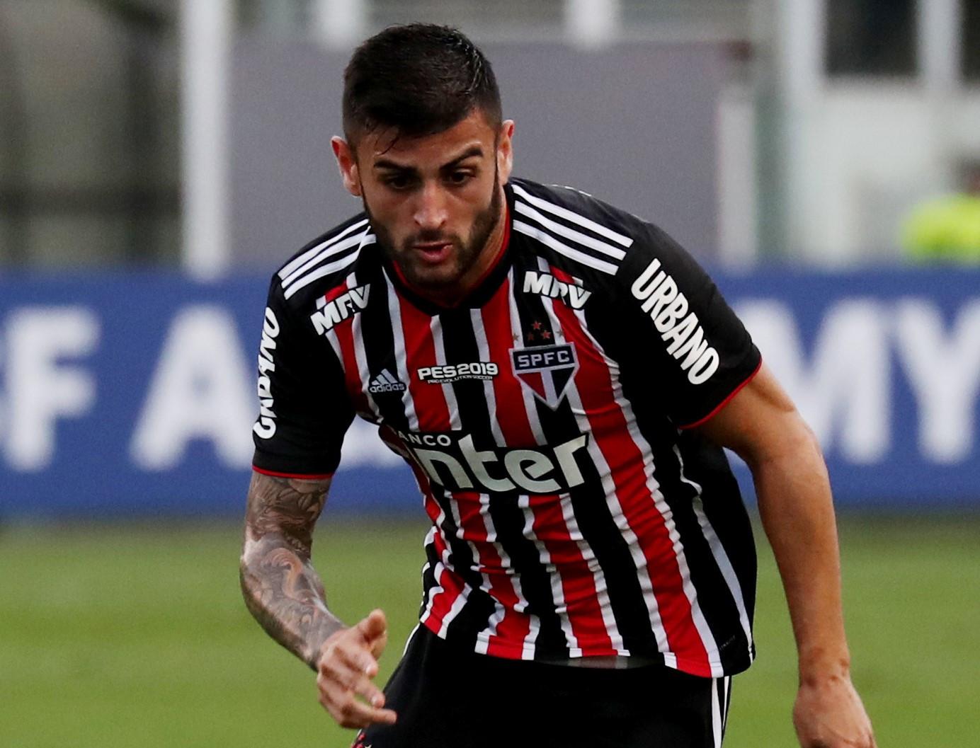 Liziero deve desfalcar o São Paulo na estreia no Campeonato Brasileiro