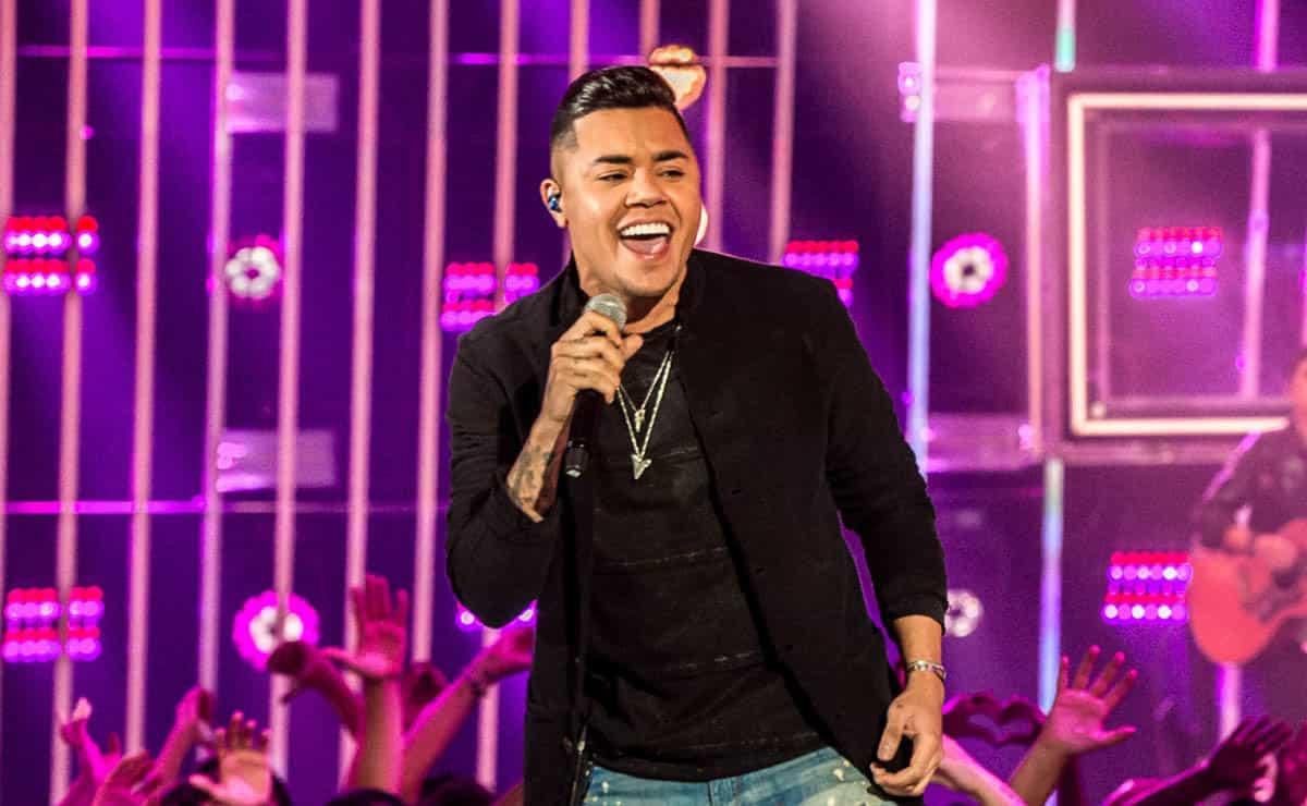 Show de Felipe Araújo é cancelado por falta de público