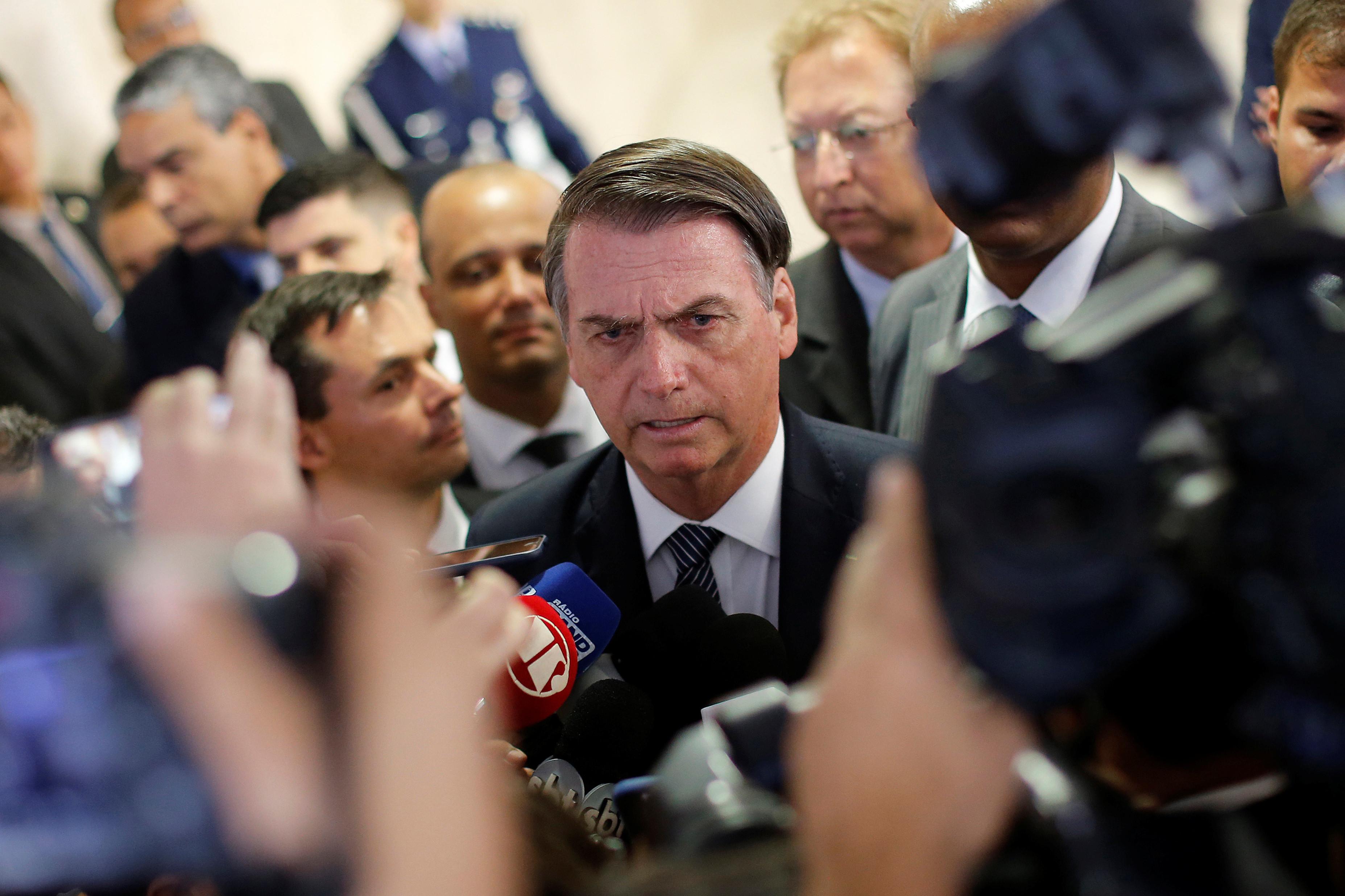 Bolsonaro manifesta preocupação sobre amputações de pênis